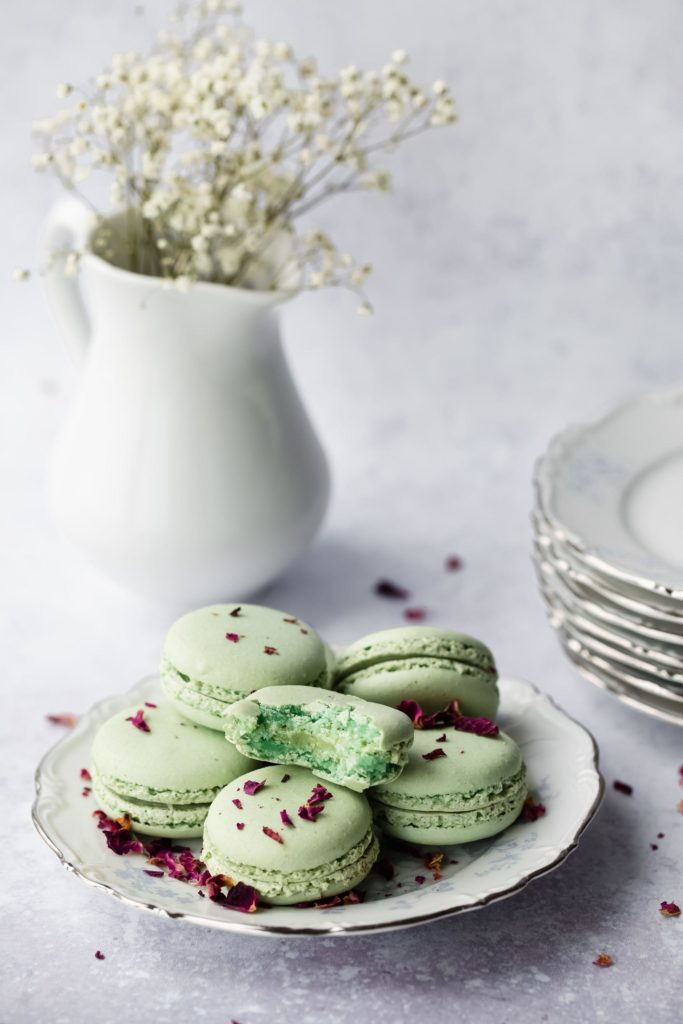 French Buttercream Macarons 1