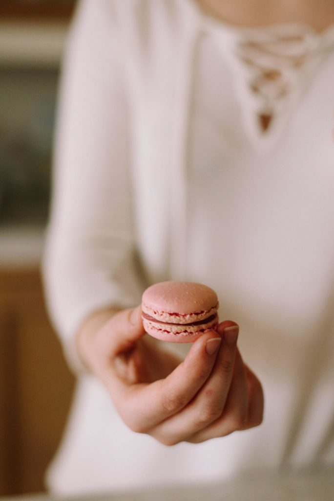 French Buttercream Macarons 4